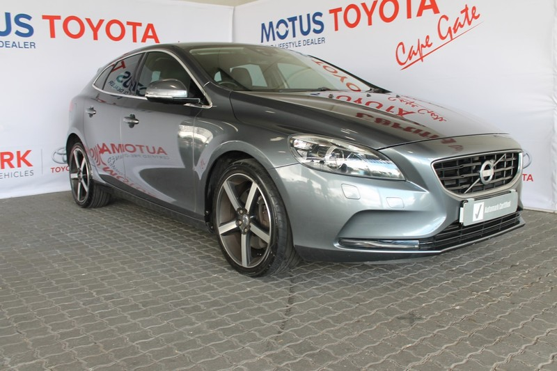 2013 Volvo V40 D3 Excel Geartronic  Western Cape Brackenfell_0