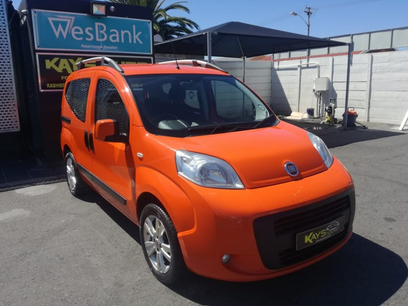 2014 Fiat Qubo ac power steering double sliding doors Western Cape Athlone_0
