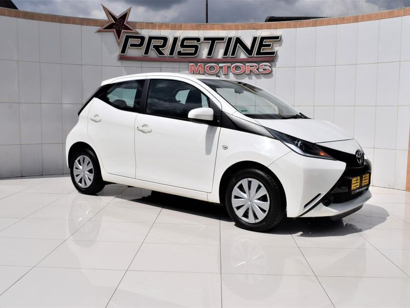 2016 Toyota Aygo 1.0 Fresh 5dr  Gauteng De Deur_0