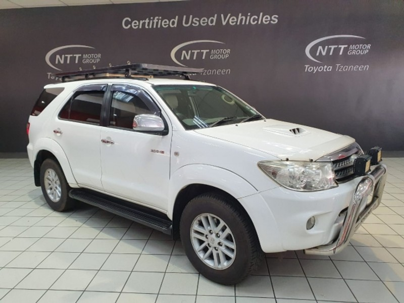 2011 Toyota Fortuner 3.0d-4d Rb 4x4  Limpopo Tzaneen_0