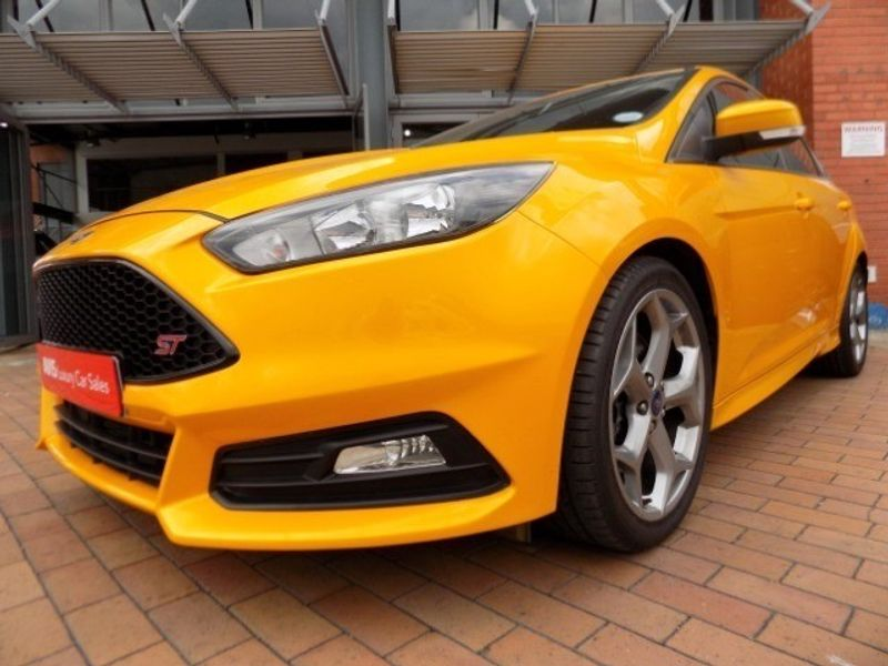 2016 Ford Focus 2.0 Ecoboost ST1 Gauteng Sandton_0