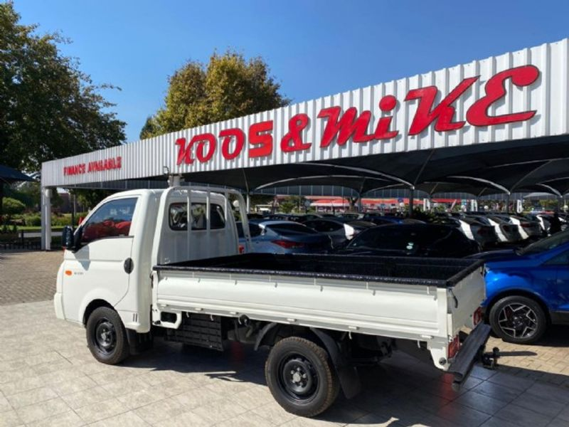 2014 Hyundai H100 Bakkie 2.6d Ac Fc Ds  Gauteng Vanderbijlpark_0