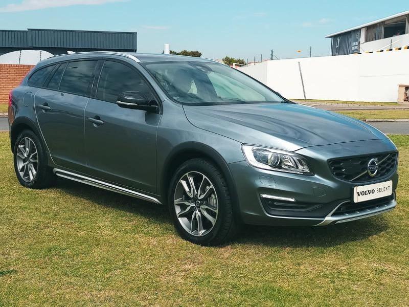 2017 Volvo V60 CC D4 Inscription Geartronic AWD Gauteng Johannesburg_0