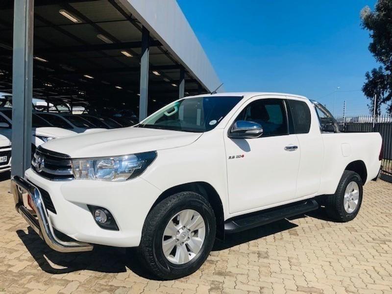 2017 Toyota Hilux 2.8 GD-6 Raider 4x4 Extended Cab Gauteng Centurion_0