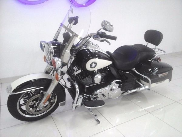 2016 Harley Davidson Road Police Edition Western Cape Cape Town_0
