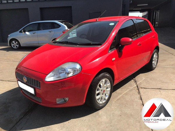 2011 Fiat Punto 1.4 Emotion 5dr MANY VALUE FEATURES Gauteng Vanderbijlpark_0