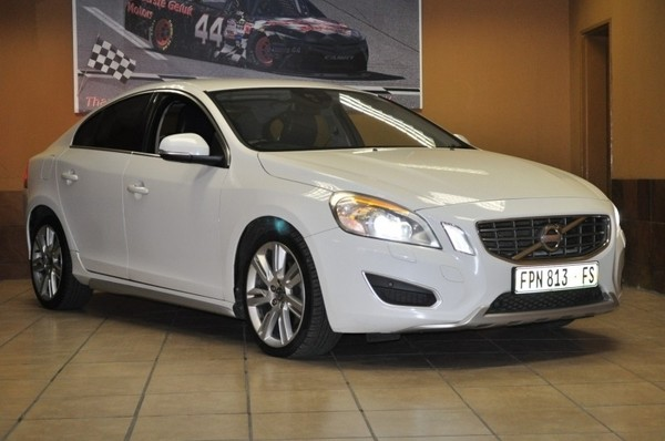 2012 Volvo S60 D5 Excel Geartronic Free State Bloemfontein_0