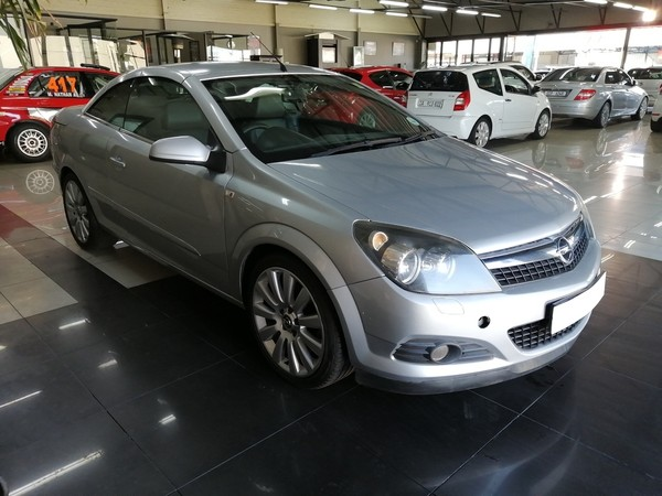 2008 Opel Astra Twintop 2.0 Turbo  Western Cape Parow_0