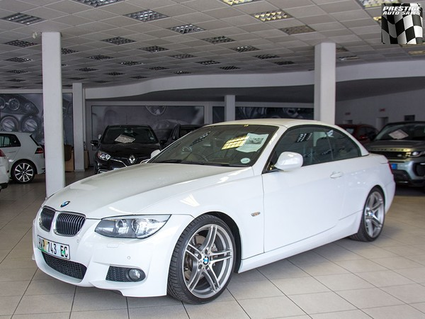 2013 BMW 3 Series 330i Convert At e93  Eastern Cape Port Elizabeth_0