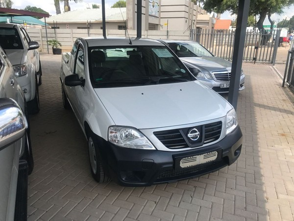 2015 Nissan NP200 1.5 Dci  Ac Safety Pack Pu Sc  Limpopo Polokwane_0