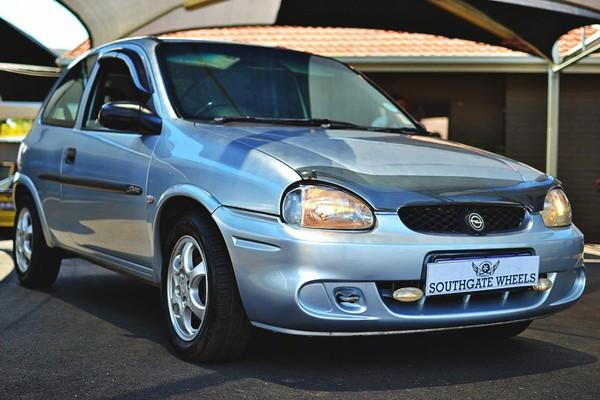 2002 Opel Corsa 1.4is Ac Ps  Gauteng Johannesburg_0
