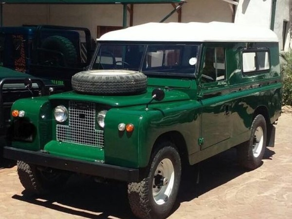 1965 Land Rover Defender Land Rover Series IIA 2.2L Western Cape Paarl_0