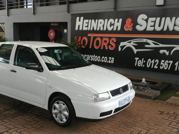 2001 Volkswagen Polo Playa 1.6  Gauteng Pretoria_0