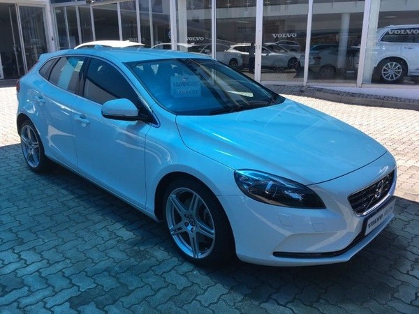 2013 Volvo V40 CC T5 Elite Geartronic Western Cape Paarl_0
