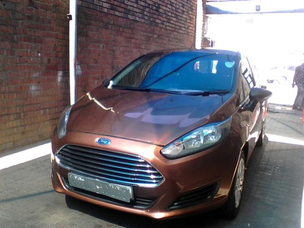 2015 Ford Fiesta 1.0 Ecoboost Ambiente Powershift 5-Door Gauteng Johannesburg_0