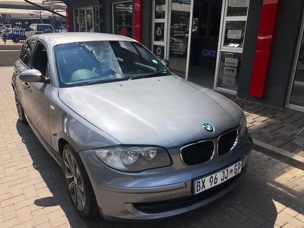 2009 BMW 1 Series 120i At e87  Gauteng Vanderbijlpark_0