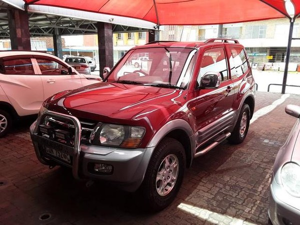 2002 Mitsubishi Pajero 3200 Di-d At 3dr  Gauteng Vereeniging_0