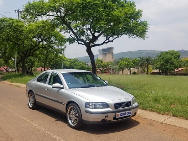 2002 Volvo S60 2.4 At  Gauteng Pretoria West_0