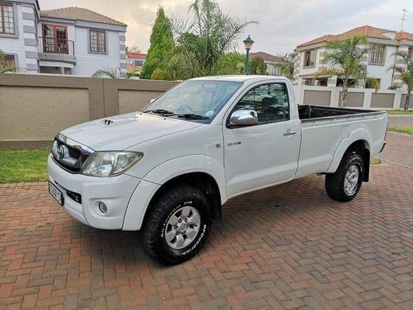 2014 Toyota Hilux 1600 fl. Shift Pu Sc  Kwazulu Natal Abambo_0