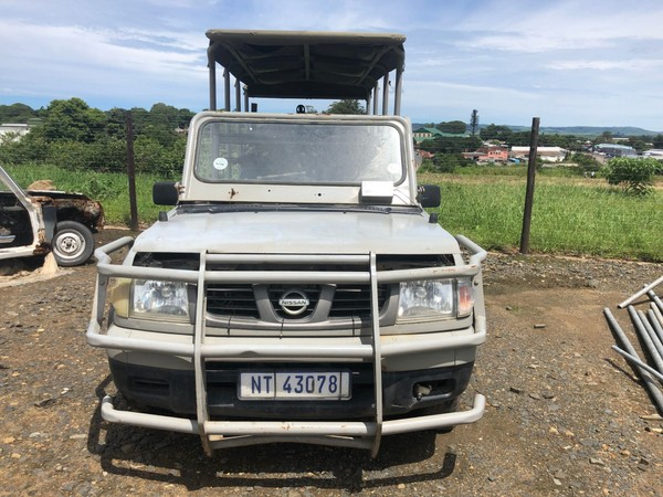 2004 Nissan Hardbody Game viewer No Engine As Is   Kwazulu Natal Eshowe_0