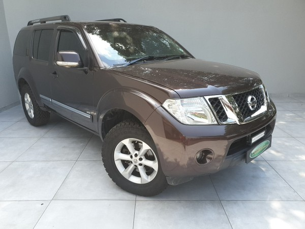 2011 Nissan Pathfinder 3.0 Dci V6 Le At  Gauteng Four Ways_0