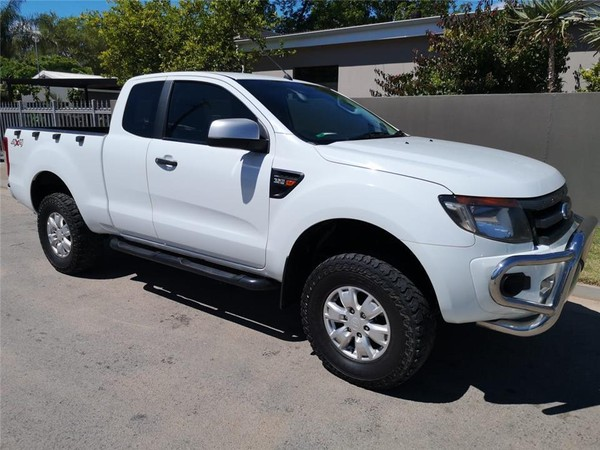2015 Ford Ranger 3.2tdci Xls 4x4 At Pu Supcab  Western Cape Vredenburg_0