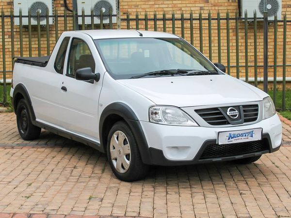 2012 Nissan NP200 1.6 Ac Pu Sc  Gauteng Roodepoort_0