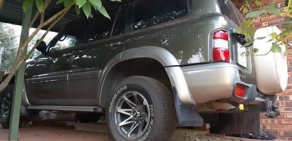 1999 Nissan Patrol 4.5 Grx  Gauteng Garsfontein_0
