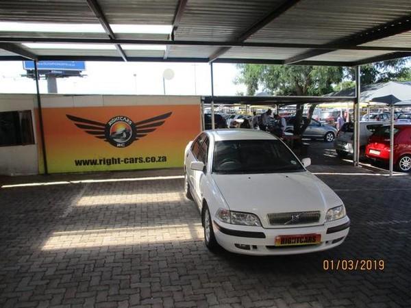 2002 Volvo S40 2.0t Flift  Gauteng North Riding_0