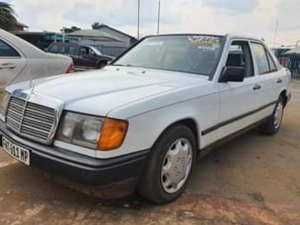 1988 Mercedes-Benz E-Class 200 E Ac  Manual Mpumalanga Mpumalanga_0