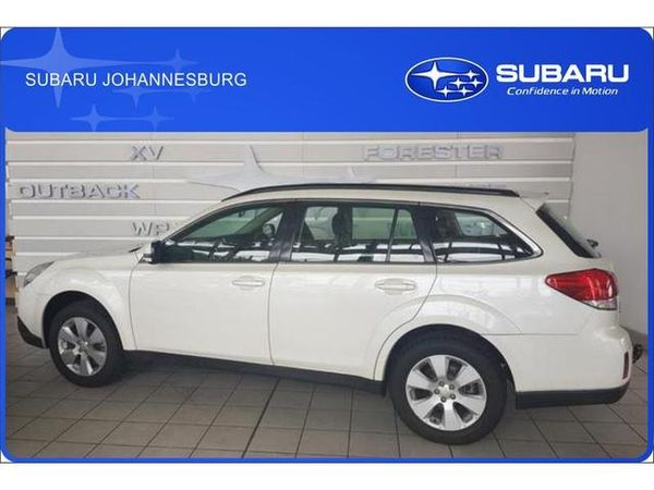 2011 Subaru Outback 2.5i Premium  Gauteng Edenvale_0