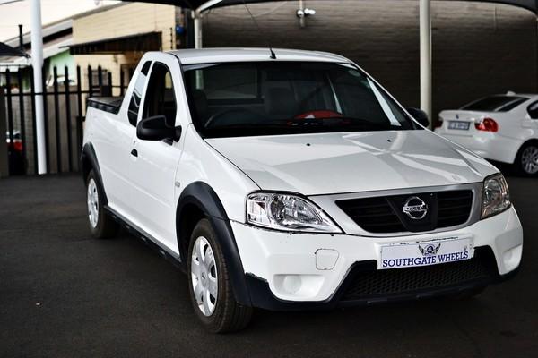2017 Nissan NP200 1.6 Ac Pu Sc  Gauteng Johannesburg_0