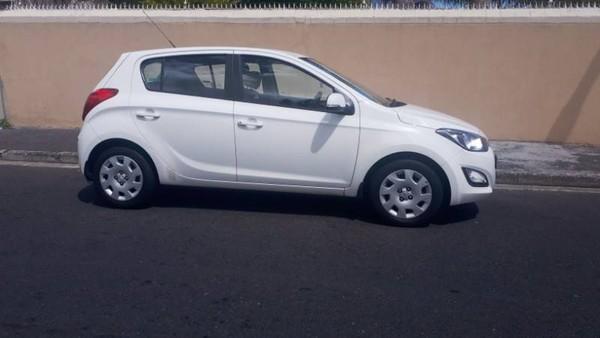 2013 Hyundai i20 1.4 Fluid  Western Cape Athlone_0