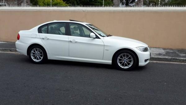 2011 BMW 3 Series 320i e90  Western Cape Athlone_0