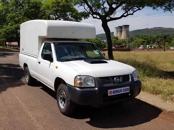 2013 Nissan NP300 Hardbody 2.5 TDI LWB k03k40 Bakkie Single cab Gauteng Pretoria West_0