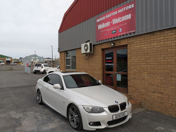 2012 BMW 3 Series 335i Coupe At e92  Western Cape Brackenfell_0