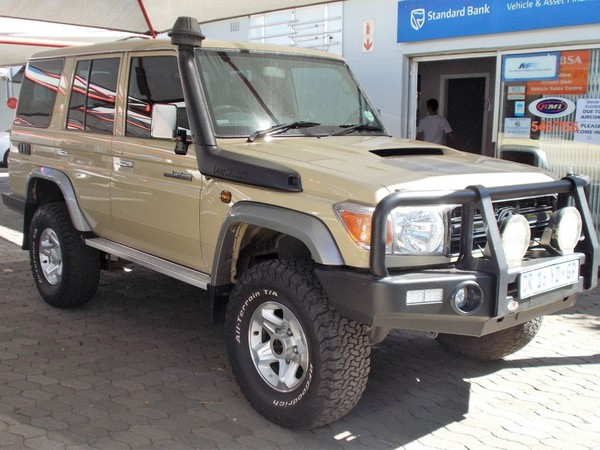 2015 Toyota Land Cruiser 70 4.5D V8 SW Gauteng Pretoria North_0