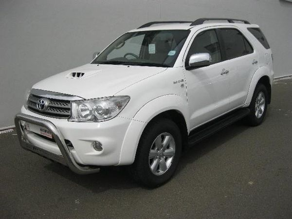 2010 Toyota Fortuner 3.0d-4d Rb At  Northern Cape Kimberley_0