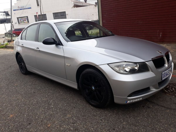 2009 BMW 3 Series 320i Dynamic e90  Gauteng Jeppestown_0