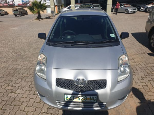 2006 Toyota Yaris T1 3dr Ac  Western Cape George_0