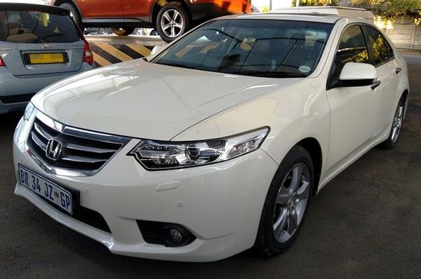 2012 Honda Accord 2.4 Exclusive At  Gauteng Pretoria_0