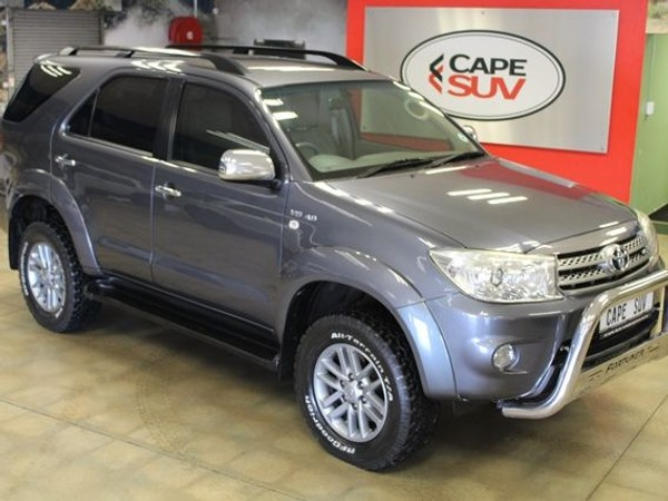 2010 Toyota Fortuner 4.0 V6 At 4x4  Western Cape Brackenfell_0