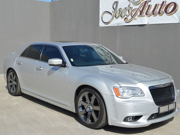 2012 Chrysler 300C Srt8  Gauteng Vereeniging_0