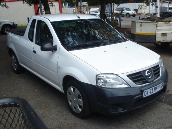 2013 Nissan NP200 1.6  Pu Sc  Gauteng Randburg_0