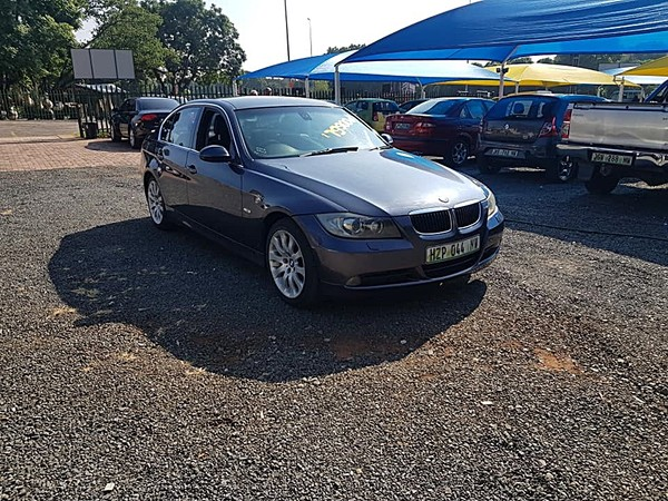 2005 BMW 3 Series 330i At e46fl  North West Province Rustenburg_0