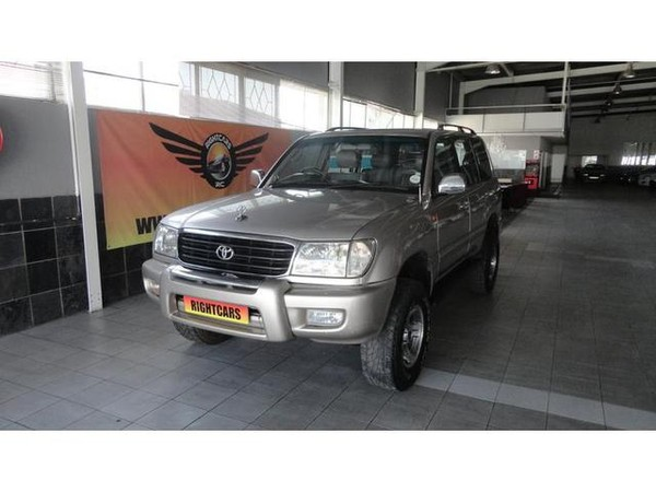 2000 Toyota Land Cruiser 100 Vx V8 ahc  Gauteng North Riding_0