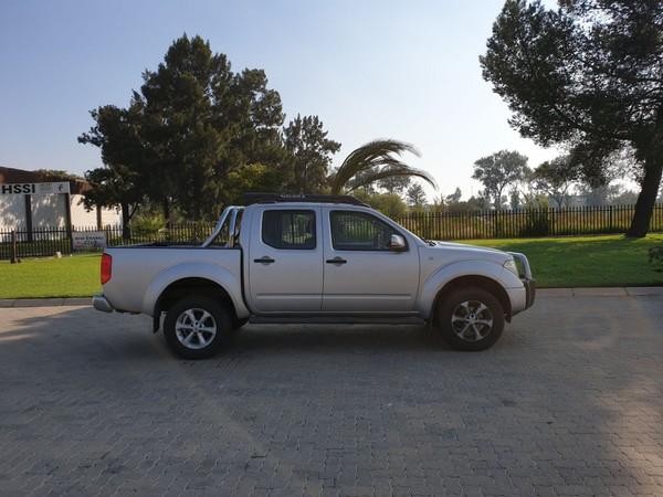 2006 Nissan Navara 2.5 Dci Le  At Pu Dc  Gauteng Vanderbijlpark_0