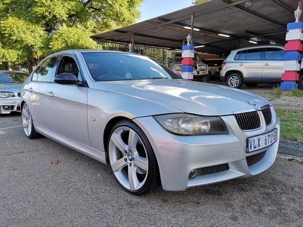 2011 BMW 3 Series 330i Sport At e90  Gauteng Benoni_0