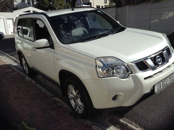 2010 Nissan X-trail 2.0 Dci Se At call Kent 079 899 2793 Western Cape Claremont_0