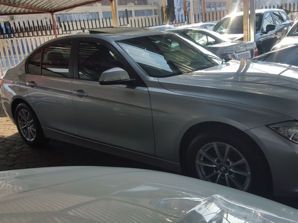 2014 BMW 3 Series 320i Luxury Line At f30  Gauteng Jeppestown_0